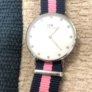 Daniel Wellington Watch Navy and Pink